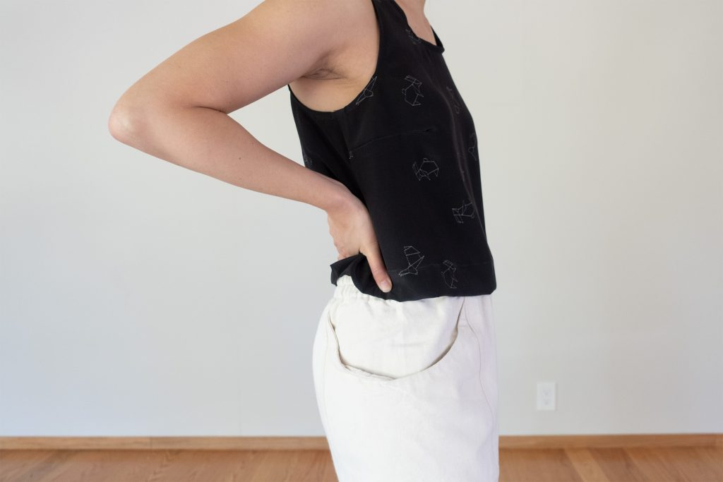 Willow Silk Cropped Tank Side